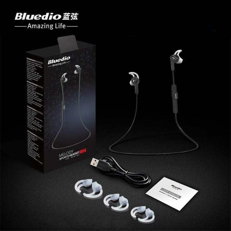 Trọn bộ sản phẩm tai nghe Bluetooth Bluedio M2