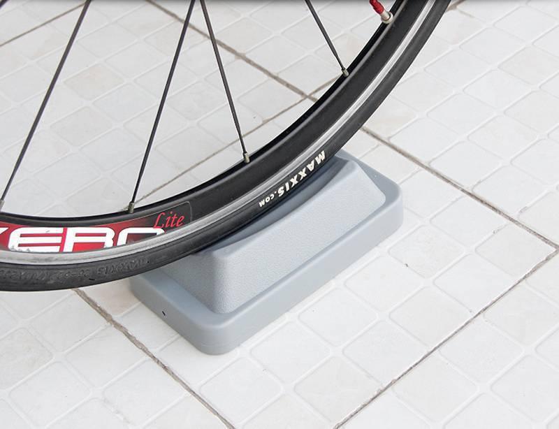 Đế kê bánh trước xe đạp Front Wheel Riser