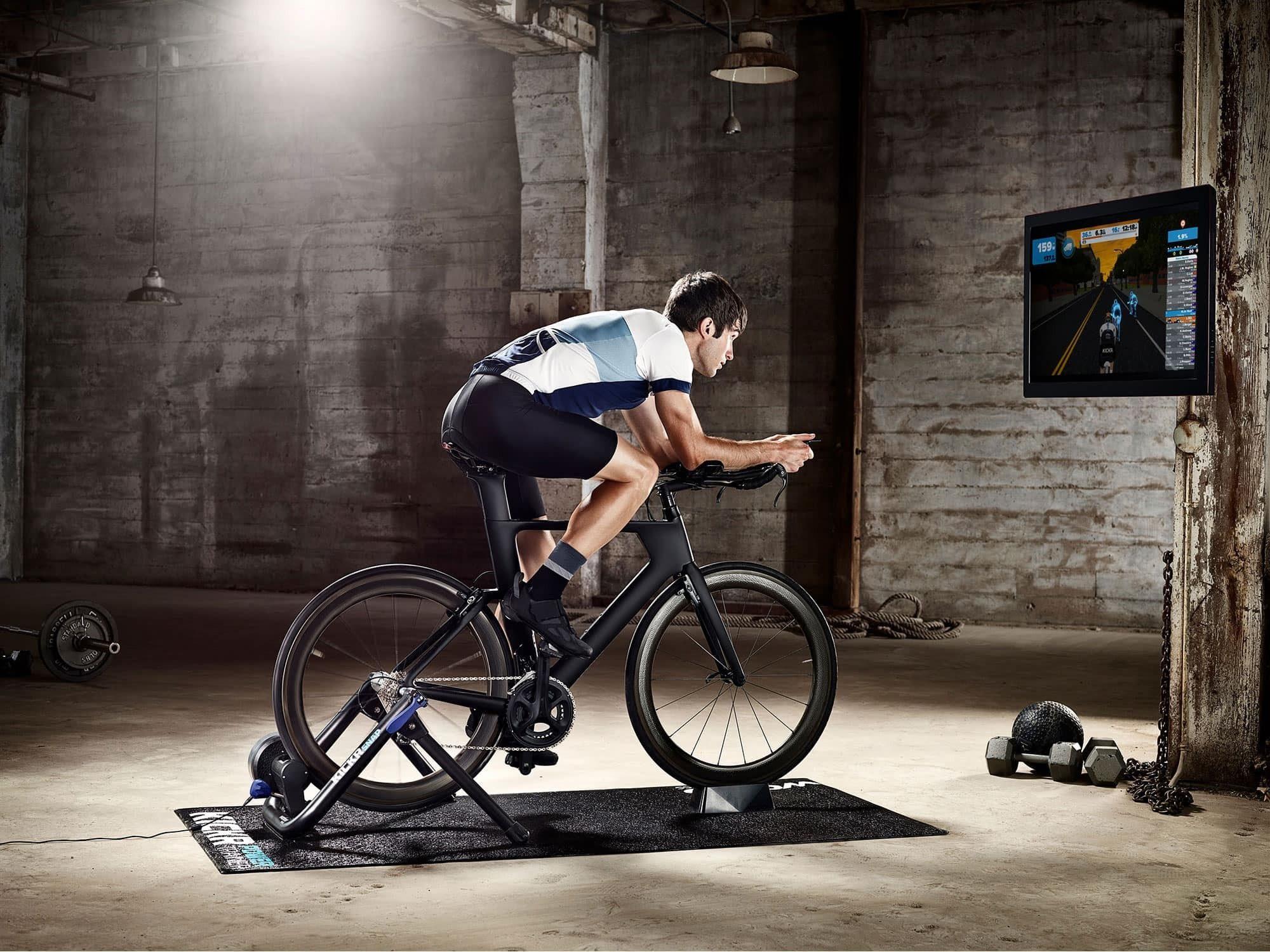 Trainer đạp xe trong nhà Wahoo KICKR SNAP Smart Trainer