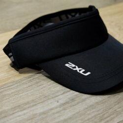 Nón chạy bộ hở đầu 2XU Performance Visor