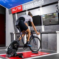 Đế kê bánh xe đạp thông minh Elite Sterzo Smart Steering Plate (ANT+ / Blueetooth)